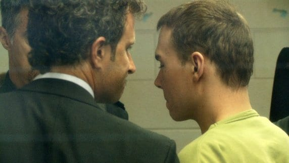 'Canadian Psycho' Luka Rocco Magnotta Collapses In Court