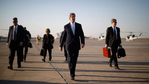 Kerry Arrives In Afghanistan On Unannounced Visit