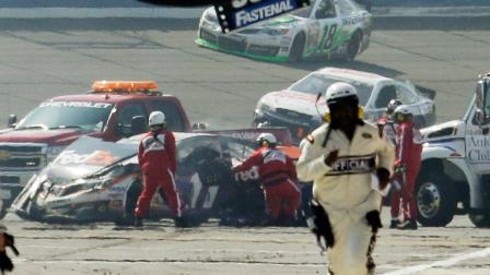 NASCAR Watch Denny Hamlin crash after collision with Joey Logano