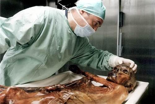5,300-year-old Ötzi the Iceman has living relatives