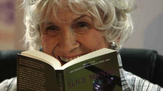 Canada's Alice Munro, 'master' of short stories, wins Nobel