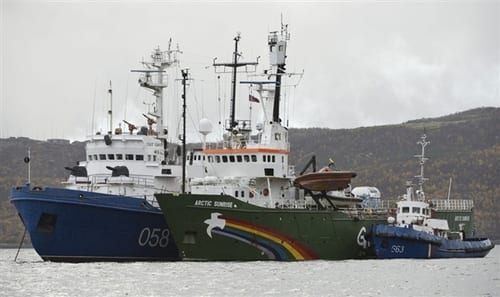 Russia frees US captain of Greenpeace ship on bail
