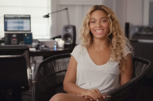 Beyoncé releases 5th album unexpectedly on iTunes