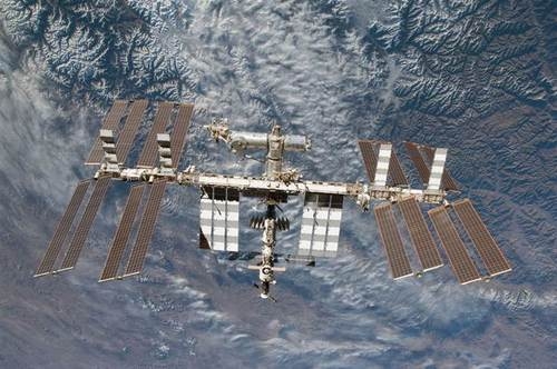Spacewalks begin to fix ISS cooling system