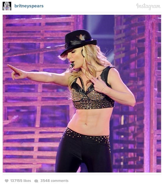 Britney Spears Accused Of Faking Abs With Makeup For Las Vegas Shows