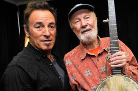 Folk singer Pete Seeger dies at 94