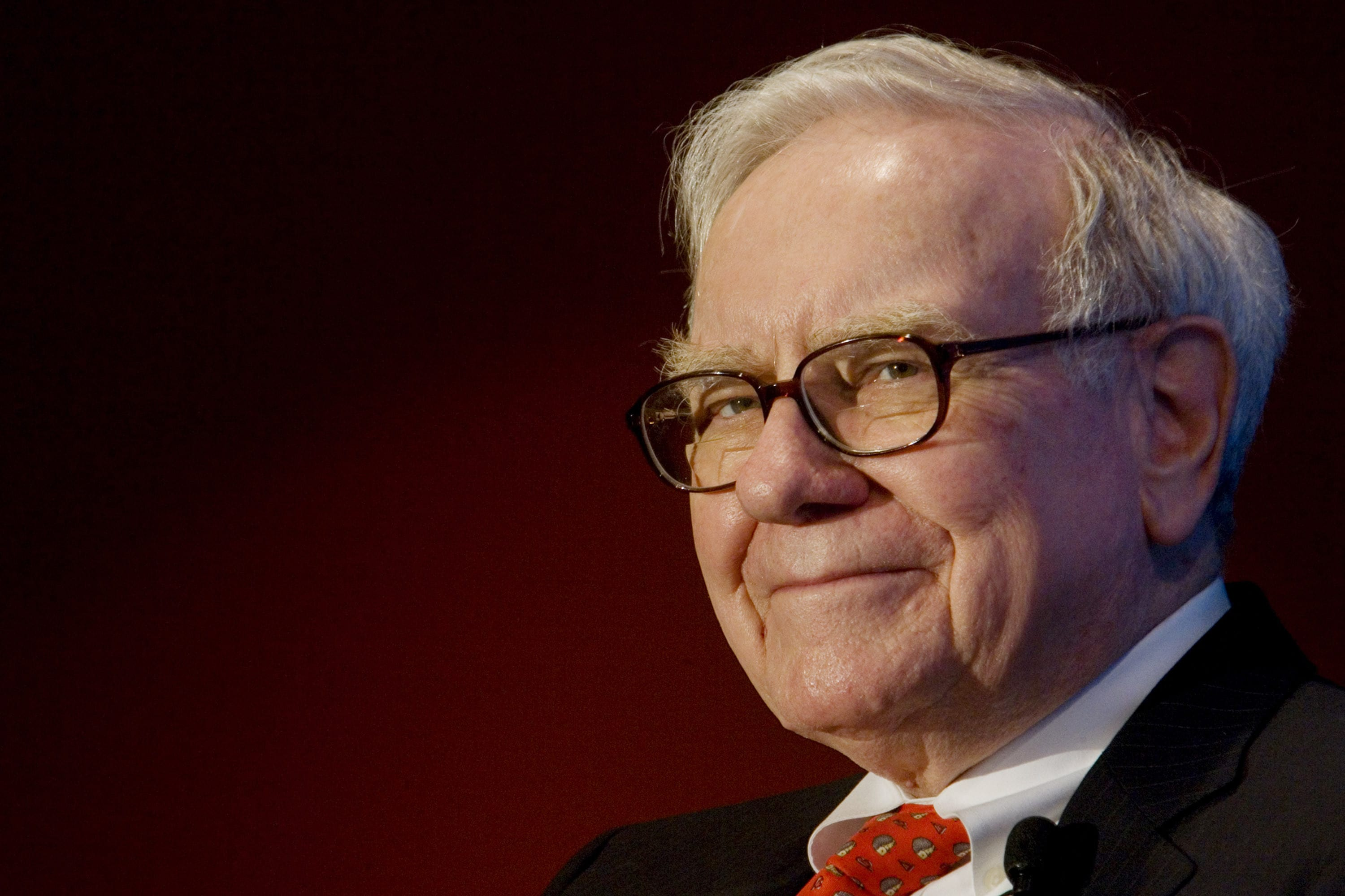 Warren Buffett is offering $1 billion to anyone who can correctly guess the NCAA men's basketball tournament