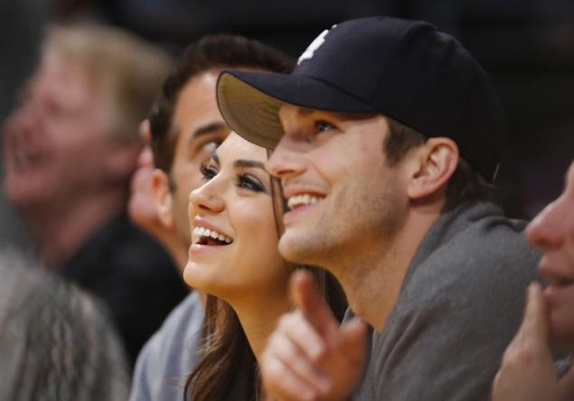 Mila Kunis & Ashton Kutcker Engaged
