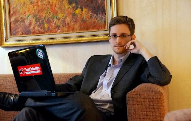 Snowden Swiped Password From NSA Coworker