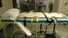 Washington governor suspends death penalty in state