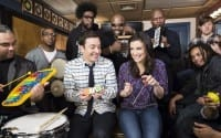 Watch Idina Menzel sing 'Let It Go' with Jimmy Fallon and the Roots on 'Tonight'