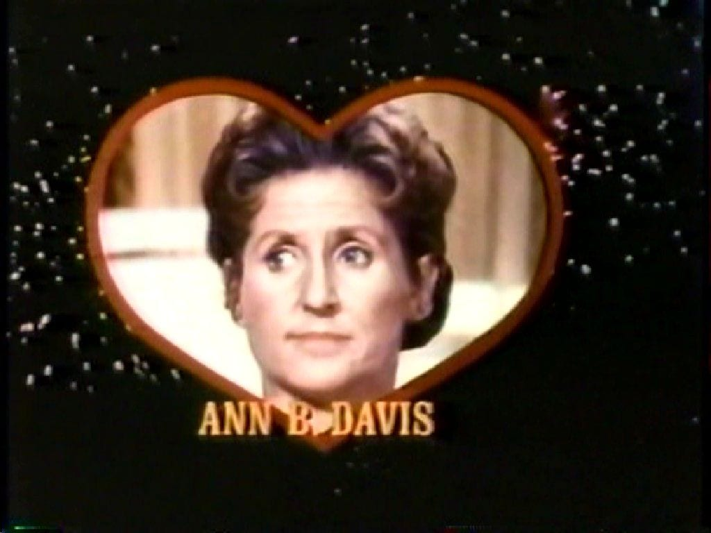 Ann B. Davis of 'The Brady Bunch' dies at 88