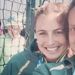 Queen photobombs Hockeyroo Jayde Taylor's Commonwealth Games selfie
