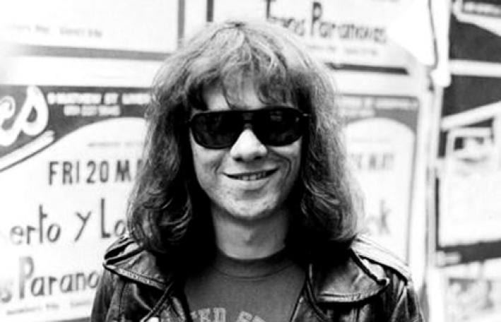 tommy_ramone dies at age 62