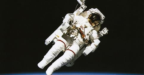 Astronauts 'dangerously sleep deprived'