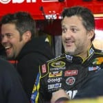 Grand jury clears NASCAR's Tony Stewart in deadly crash