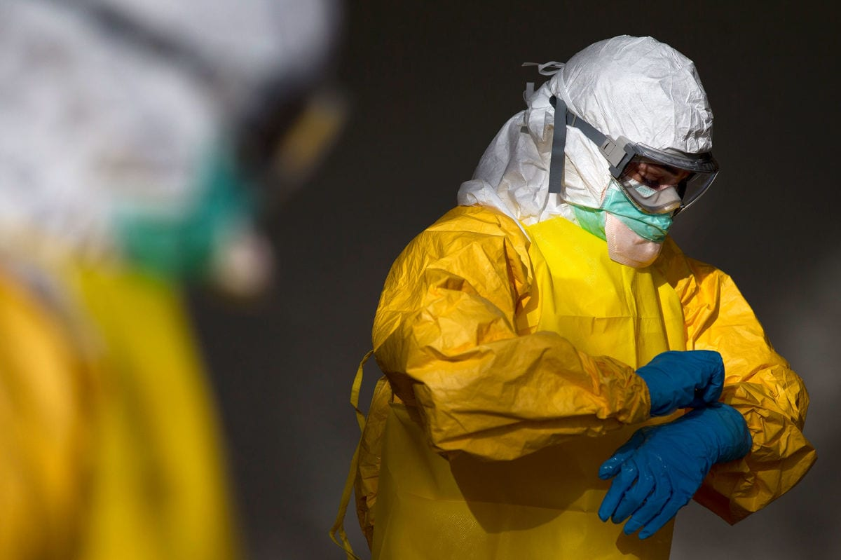 Lawsuit Seeks $500M Over Ebola Gowns