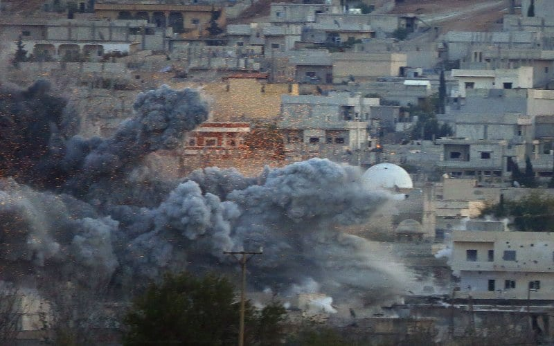 Iraqi Kurds Battle ISIS in Kobani