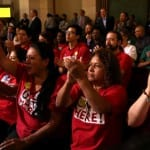 Los Angeles lawmakers vote to raise minimum wage to 15