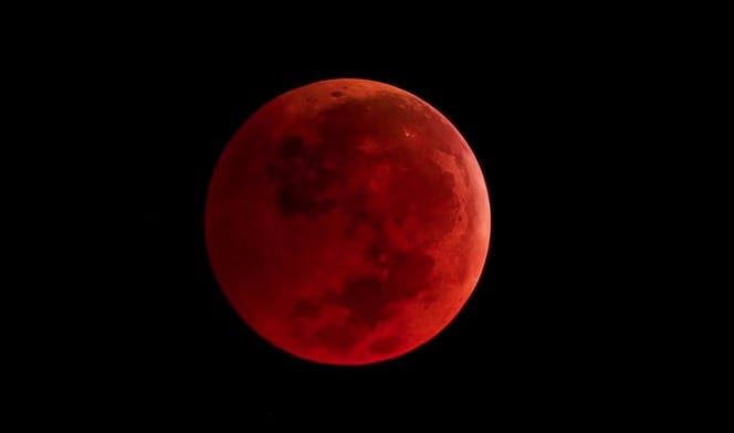 Watch The Blood Moon A Tetrad Of Lunar Eclipses Tonight