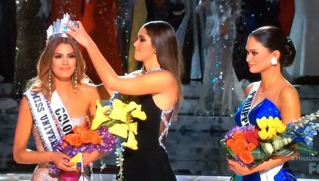 Steve Harvey Named Wrong MissUniverse