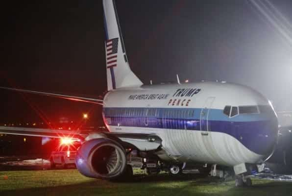 Pence's Plane Skids Off Runway at LaGuardia