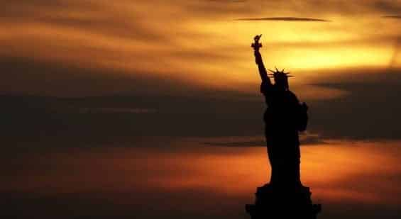 Statue of Liberty Goes Dark on Eve of Women's Protest