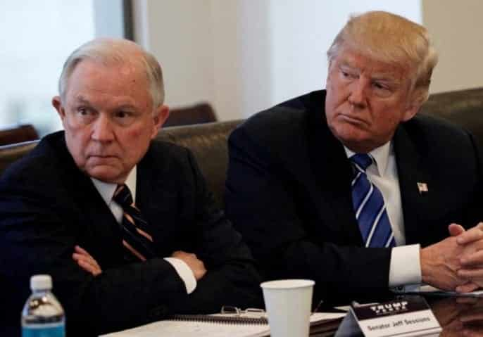Top Democrats Call on Sessions to Resign