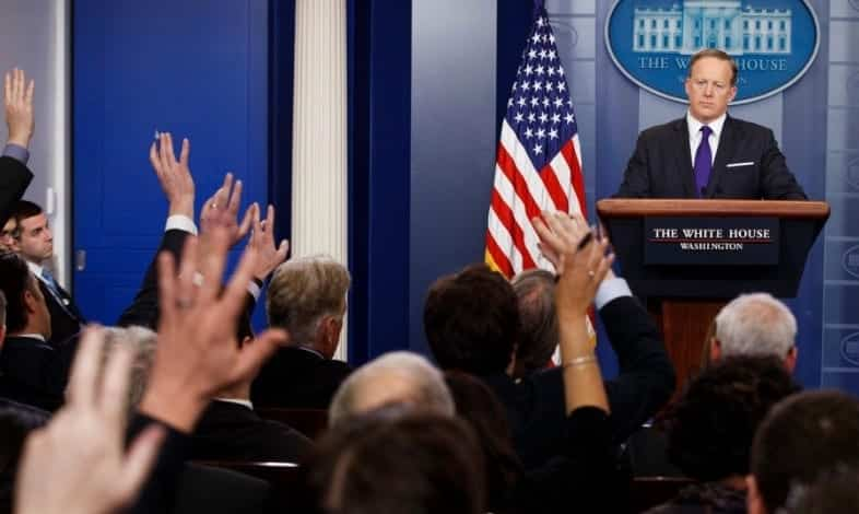 Journalists Barred From Recording White House Press Briefing