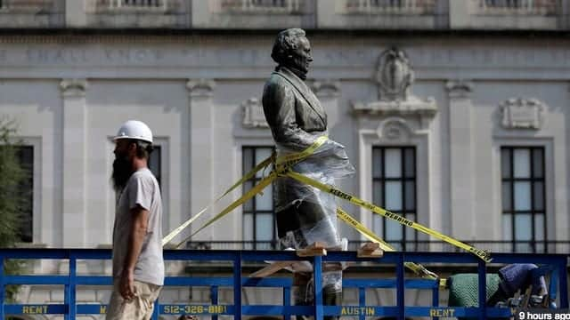 University Of Texas Removes Confederate Statues Late Sunday Night