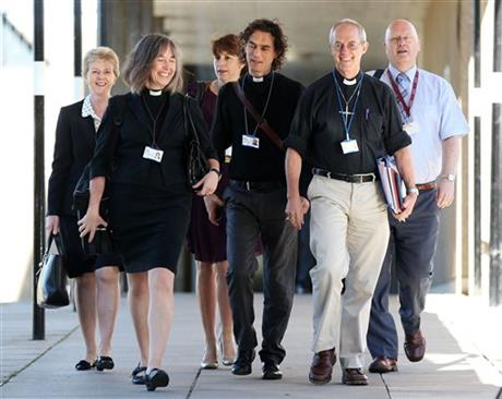 Church of England gives approval for women bishops